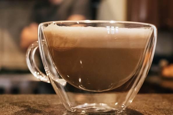 Предимството им е, че виждаме количеството кафе в чашата.