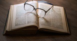 Любовни романи – защо са толкова харесвани от жените